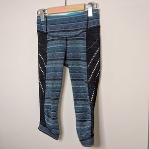 Lululemon stop at nothing crops size 4